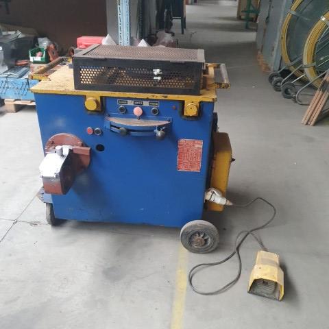 Masina fasonat si debitat otel beton Silla PTC 30/28- SH